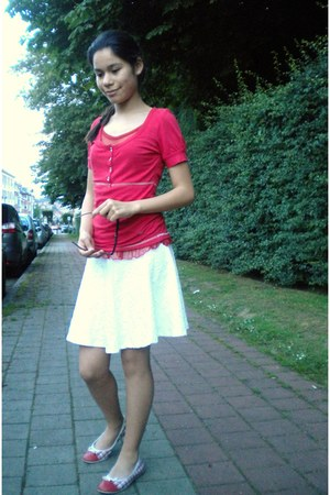white skater H&M skirt - red lace Lee top - red checkered Tommy Hilfiger flats