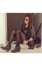Forever 21 boots - nirvana H&M shirt - fringe H&M bag