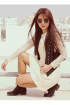 ivory lace vintage dress - black Forever21 boots