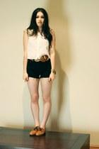 bronze Nylon shoes - white neuw shirt - black Ralph Lauren shorts - camel Peter