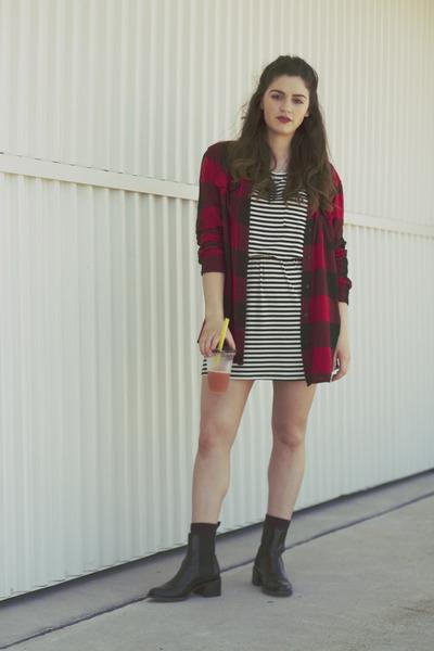 crimson Sempre Di boots - black striped Zimmermann dress - ruby red BDG top