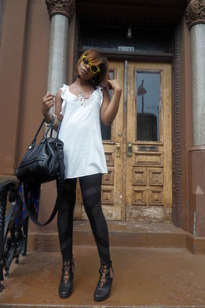 black amsterdam leggings - white MYSTIQ blouse - gold H&M sunglasses