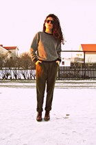 black pullover American Apparel sweater - army green American Apparel pants