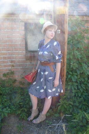 blue vintage dress - beige Mia shoes - beige Target hat