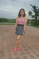 hot pink Zara top - Happy Feet sneakers - Oshkosh Leopard Print skirt