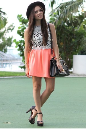 white beginning boutique shirt - black pink and pepper shoes