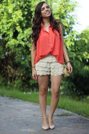 salmon romwe shirt - tan Mimi Boutique bag - off white OASAP shorts
