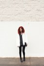 Black-faux-leather-primark-boots-white-faux-fur-bershka-coat
