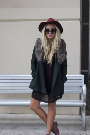 Nasty Gal coat - H&amp;M dress - H&amp;M hat - oxfords Frye flats
