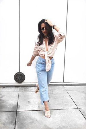 Levis jeans - Ray Ban sunglasses - Forever 21 sandals - 81 Hours top