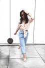 Levis-jeans-ray-ban-sunglasses-forever-21-sandals-81-hours-top