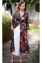 white pants - purple floral print dress - heather gray Gucci bag