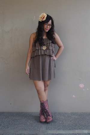 Forme dress - Accessorize accessories - thrifted boots