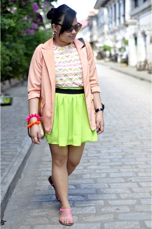 Clothepedia skirt - little nook blazer - Ellen Tracy sunglasses
