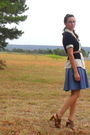 Beige-blouse-black-old-navy-cardigan-brown-belt-blue-skirt-brown-shoes