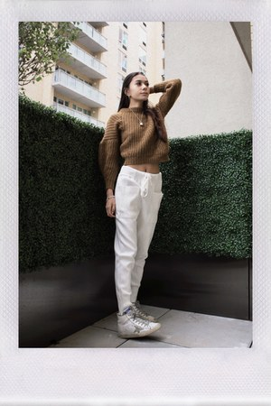 mustard wool Isabel Marant sweater - white joggers Zara pants