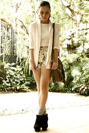 cotton on blazer - Dorothy Perkins bag - Forever 21 shorts - Forever 21 socks -