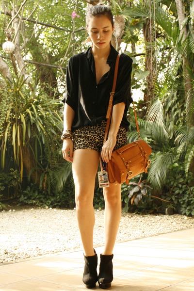 cotton on bag - Asian Vogue heels