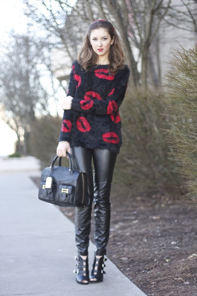 red lips Forever 21 sweater - black heels Guess shoes - Ralph Lauren bag