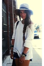 ivory hat - white sweater - navy shorts - accessories