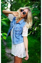 white lace dress - sunglasses - sky blue denim vest