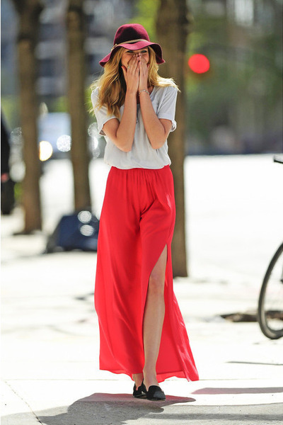 red skirt - black shoes - brick red brick red hat - grey blouse