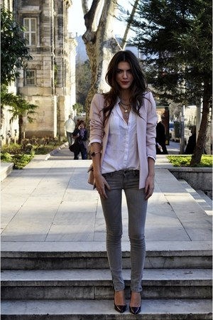 pink coat - grey jeans - white shirt - black heels