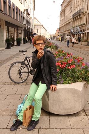 H&M jacket - Agnes B shirt - Uniqlo jeans - adidas original shoes - agns b voyag