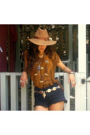 brown vintage top - black vintage bongo shorts - brown vintage hat - silver vint