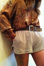 Burnt-orange-vintage-blouse-tan-brandy-melville-shorts-brick-red-american-ap