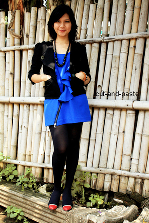 black cut-and-paste blazer - blue cut-and-paste blouse - black necklace - black