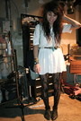 Black-lace-up-thrifted-boots-white-western-thrifted-dress-black-patterned-ta