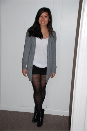 Gap sweater - forever 21 blouse - forever 21 shorts - Betsey Johnson stockings