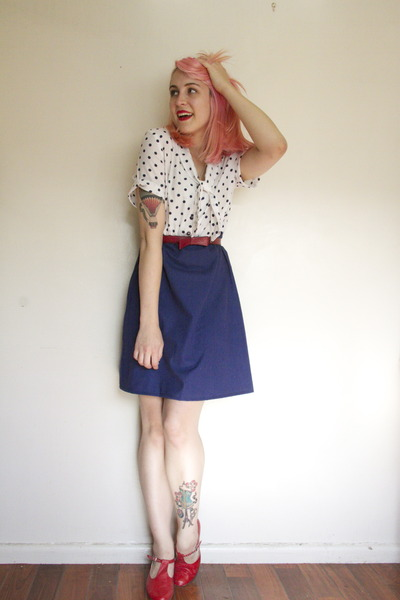 blue vintage dress - ruby red thrifted bag - ruby red t-bar Golden Ponies heels