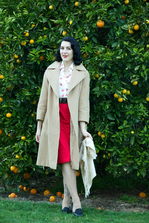 red AHAISHOPPING shirt - tan thrifted coat - red DIY skirt - black thrifted belt