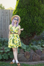 Yellow-princess-highway-dress-camel-thrifted-hat-brown-thrifted-belt