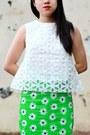 Green-cotton-asos-skirt-white-asos-top-white-leather-schutz-pumps