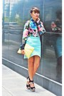 Black-courtesy-of-feet-for-a-queen-shoes-blue-sheer-floral-shirt