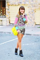 purple printed Sheinside top - black constance Alexander Wang boots