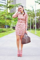 pink knit dress - neutral kermit tesoro shoes - brown damier Louis Vuitton bag