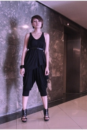 black Vintage Harem Pants - black Topshop top - black gojanecom shoes - black SM