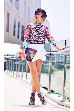 top - purse - skort skirt - heels
