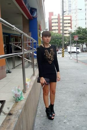 black dress worn as a top - black from gojanecom shoes - black Topshop skirt - b