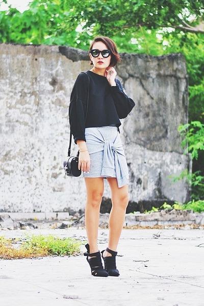 black bianca Alexander Wang shoes - black cropped sweater - black Givenchy bag
