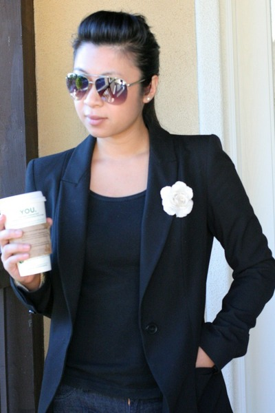 black Zara blazer - aviator Aldo sunglasses - H&M t-shirt - ballet flats Aldo fl