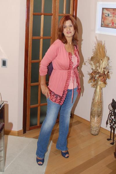 Moms In Panties Pics 25
