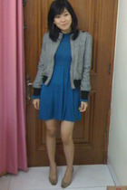 beige Charles & Keith shoes - blue teal dress - black b jacket - red accessories