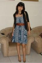 sister's skirt..