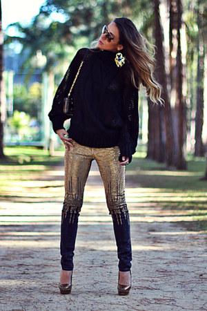 black knit Moikana blouse - navy denim Moikana pants - mustard Schutz heels