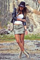 MacStille skirt - Zara boots - Limite jacket - Kafé bracelet
